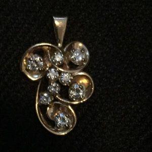 Jewelry - Custom made diamond pendant in 14k gold